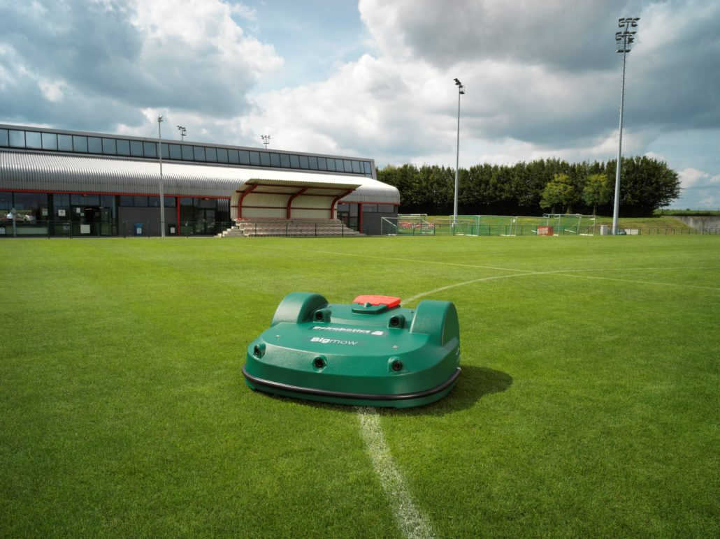 AMS Expands Into Pitch Mowing