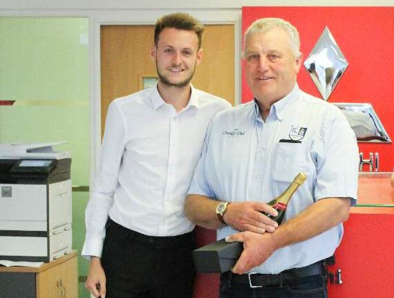 Groundsman Wins Volunteer Award