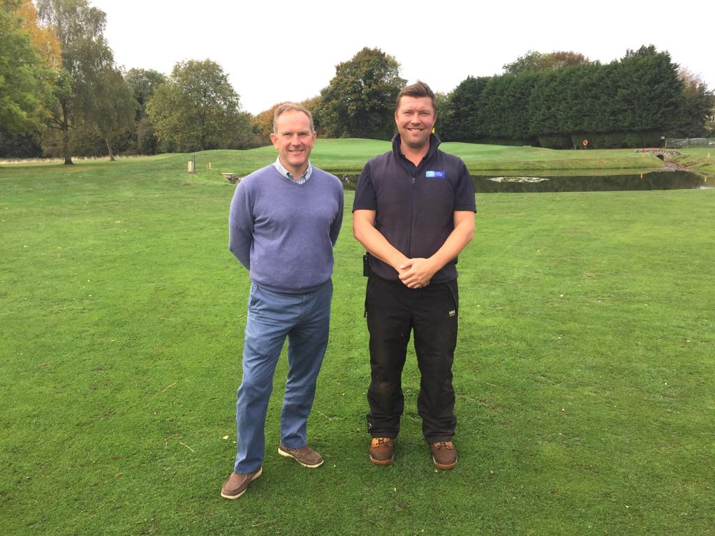 Master Green Keeper Helps Oxford GC