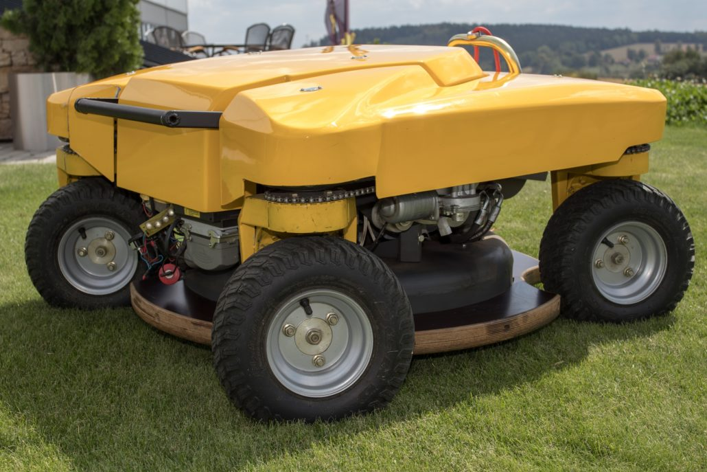 Compact Spider Mower To Launch At SALTEX