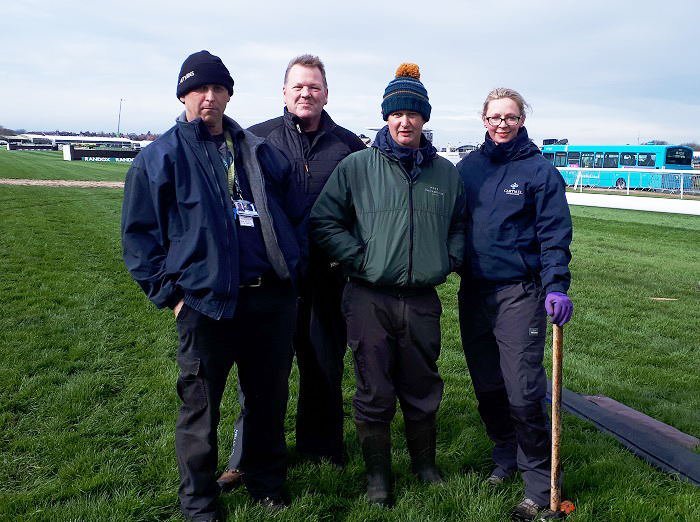 Groundsman Lends Expertise To Aintree