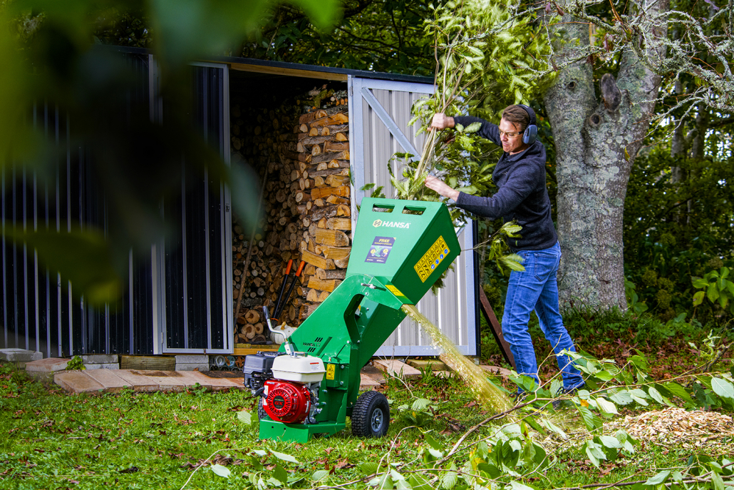Hansa joins forces with Lawn Care Legends