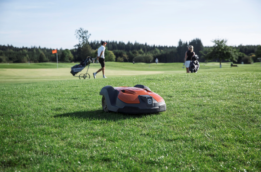 Husqvarna Automower® Fairway Kit for Golf Courses