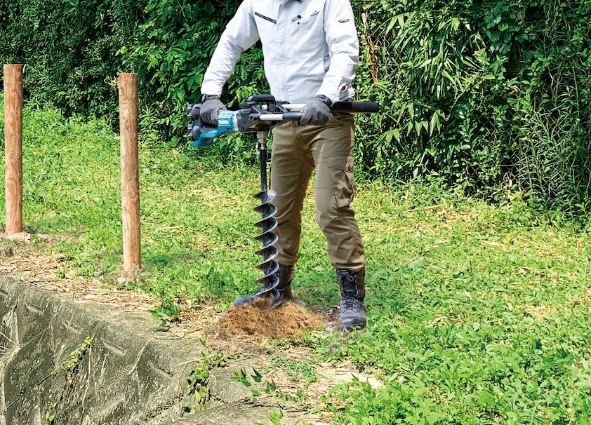 Makita's new cordless earth auger
