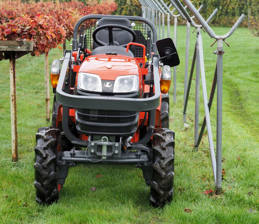 Access all areas with the Kubota B1