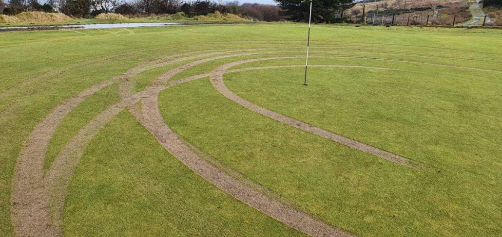Vandals damage green at Whinhill