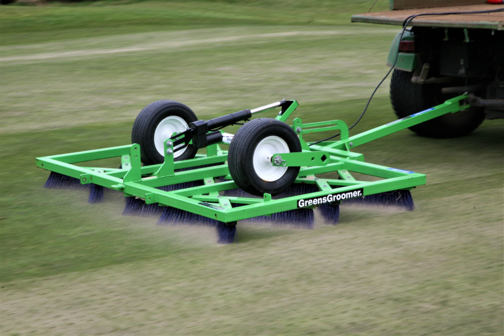 Choosing the right topdressing brush