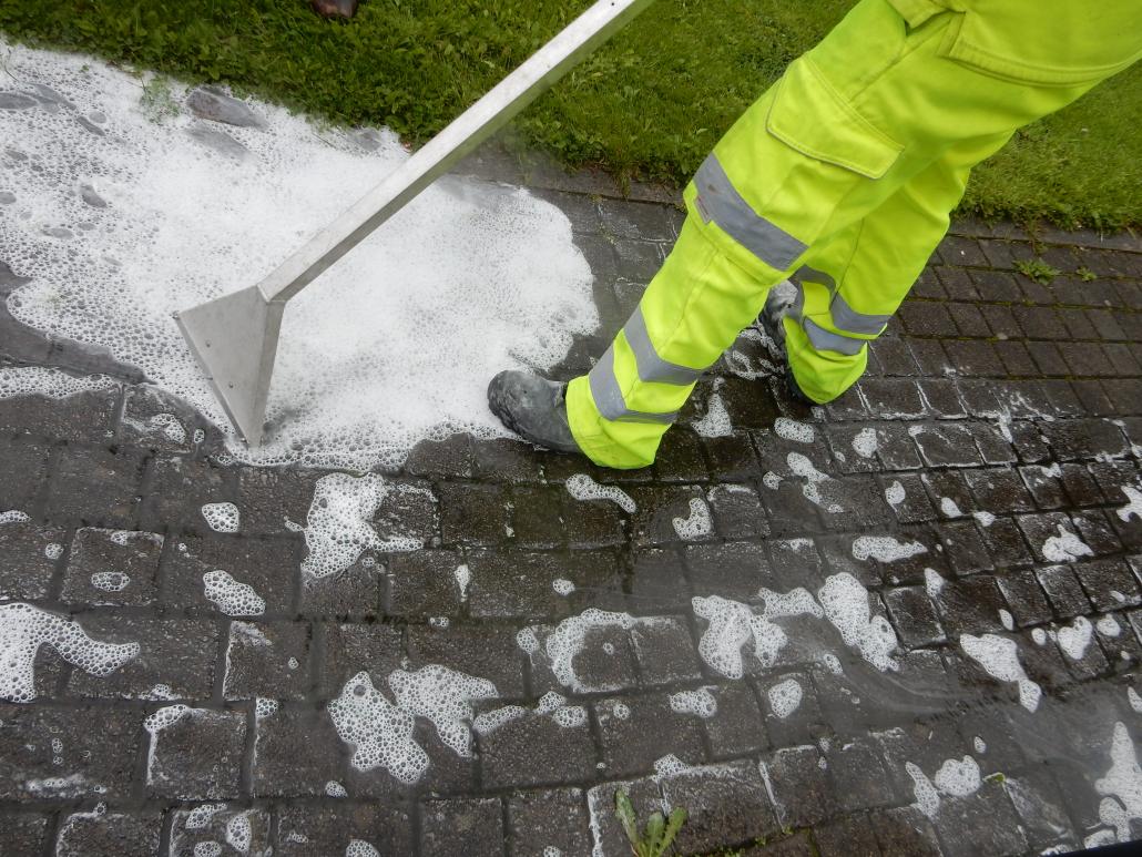Foamstream helps keep Cornwall streets clean